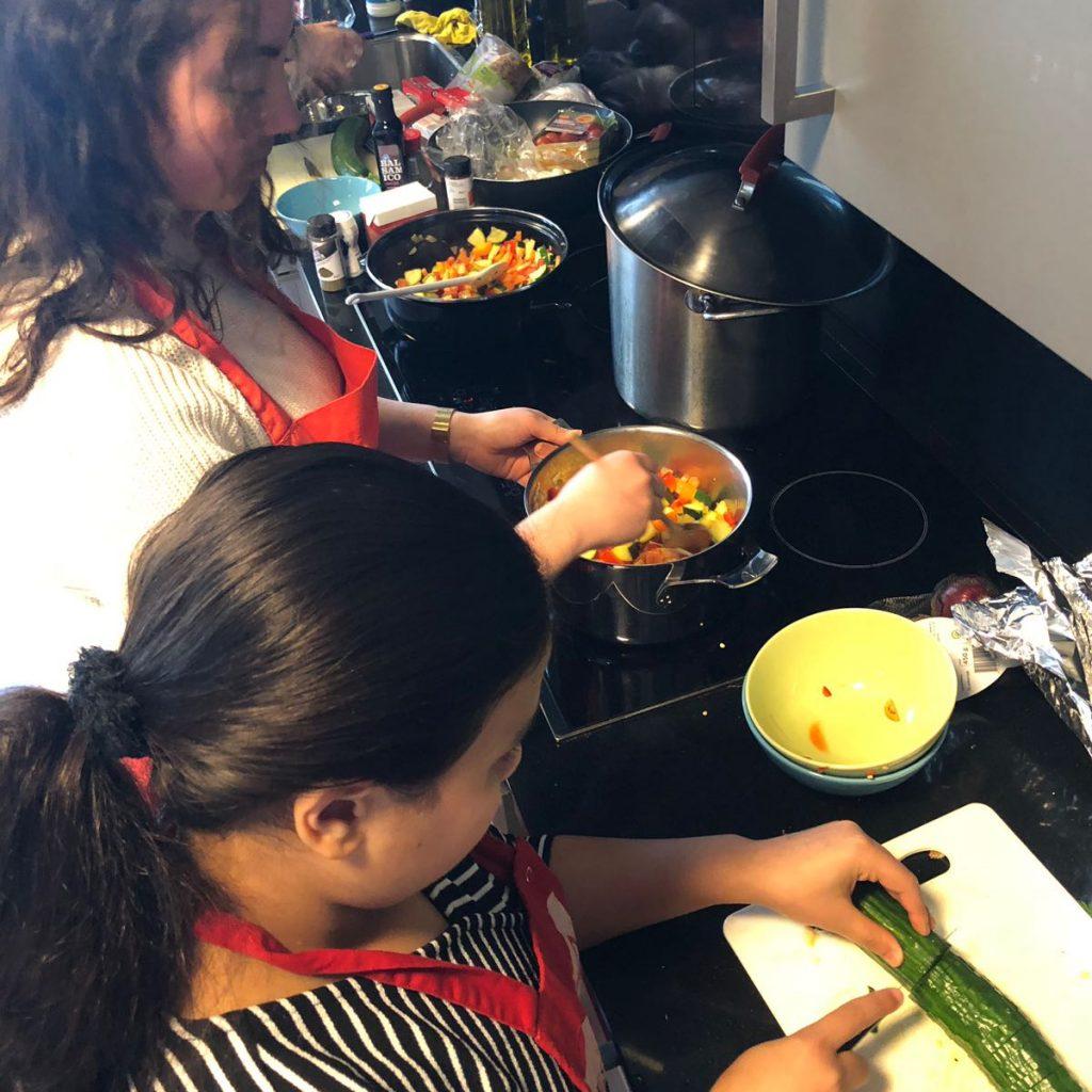 Koken met buddies